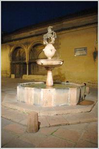Fuente de la Plaza del Potro