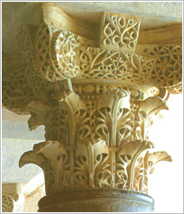 Detalle de capitel de Medina Azahara